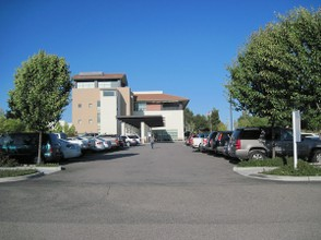 Visitor Parking Area at Twin Cities Hospital In Templeton