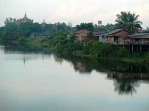 Sisophon riverfront at dawn
