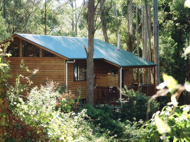 Lovely rainforest setting, with each cabin private and secluded.