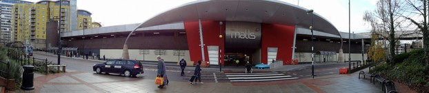 Sweep of the refurbished  'The Malls'  in Basingstoke - note that there is a belling effect due to the proximity