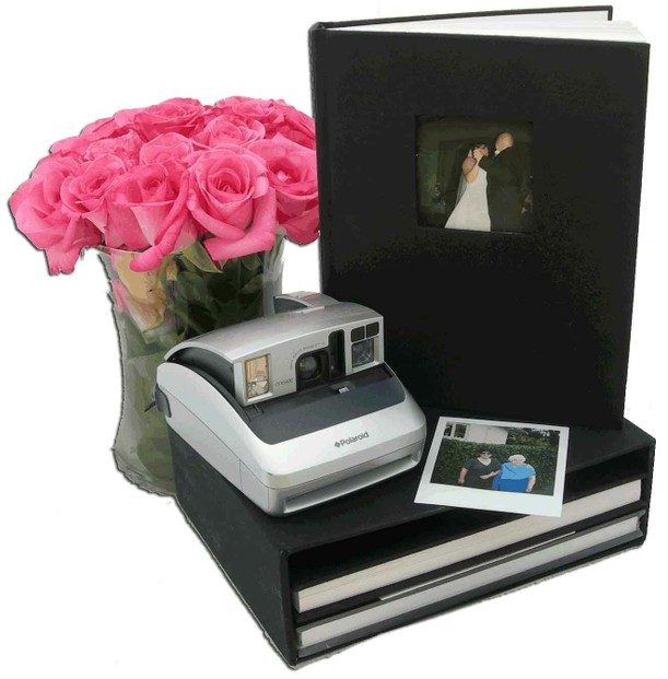 Polaroid Guest Book: Wedding Guest Book Alternatives