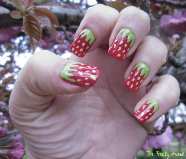 How to create a Strawberry Nail Design