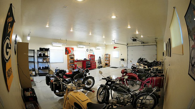 Example of a Garage Man Cave