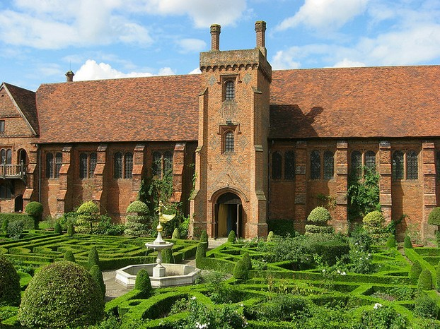 Old Hatfield Palace