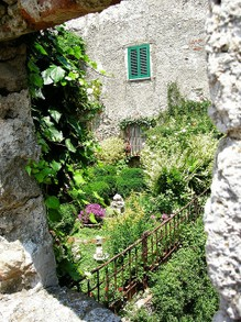 A Tuscan Garden Tucked Away