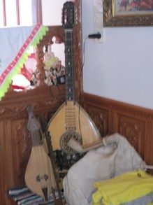 Traditional Greek instruments, Karpathos