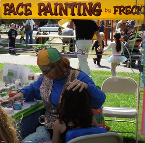 Face Painter at Work