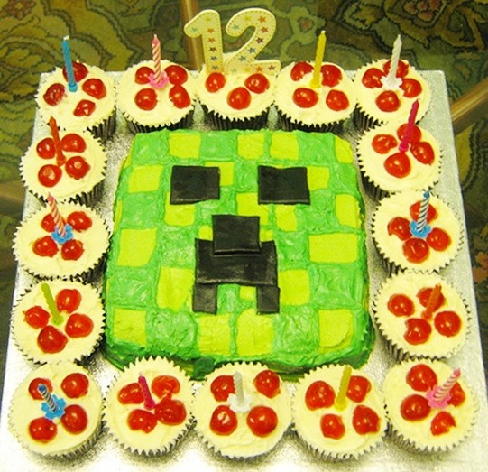 Minecraft Cakes and Cupcakes