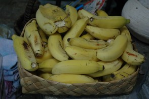 Fresh apple bananas