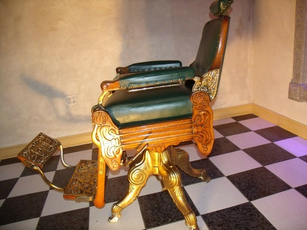 Late 1890s Koken Barber Chair