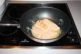Sauté Salmon for 1.5 Minutes