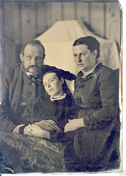 Image: Early Victorian post-mortem photograph