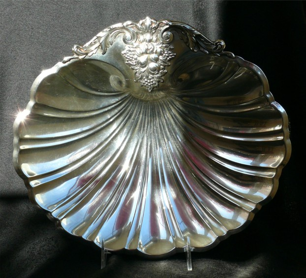 Sterling Silver Tray in Classic Shell Design