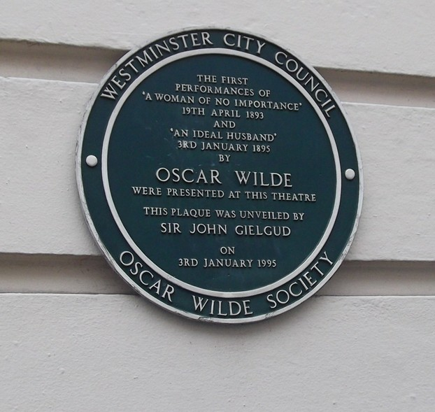 Blue plaque for Oscar Wilde outside Theatre Royal, Haymarket