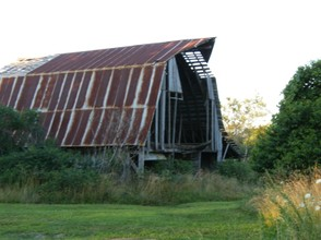 An antique barn in better times