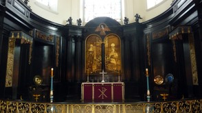 The Altar inside St. Clement Danes