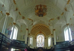 Ceiling inside the Church of St. Clement Danes
