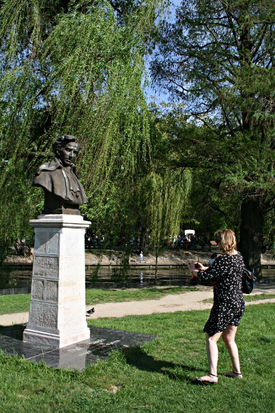 Photographing a Statue of Chopin