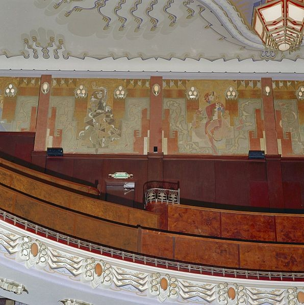 Murals in the Tuschinski Theatre