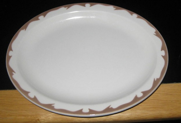 This style of platter was often used in restaurants.