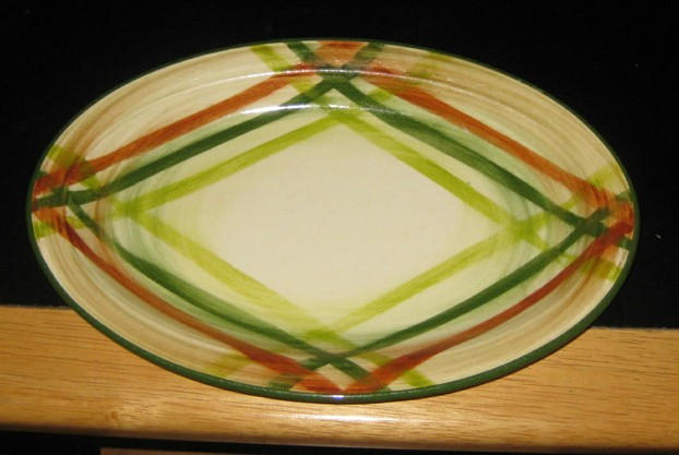 Small Plaid Platter -- Tam O' Shanter Design