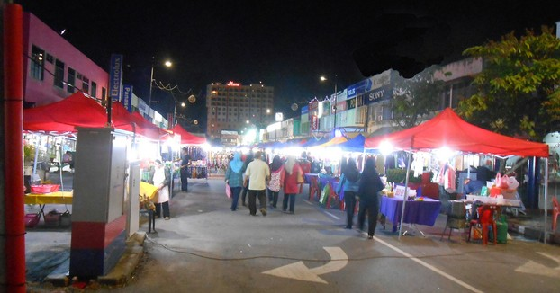 Night market in Kuah Town