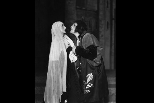 Image: A Shakespearian Anne and Richard III