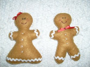 Boy And Girl Gingerbread Dolls