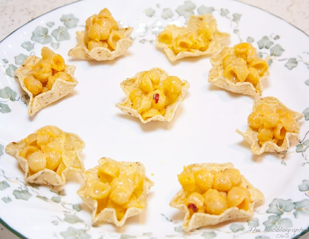 completely edible variation: substitute Tostitos Scoops for muffin foil liners