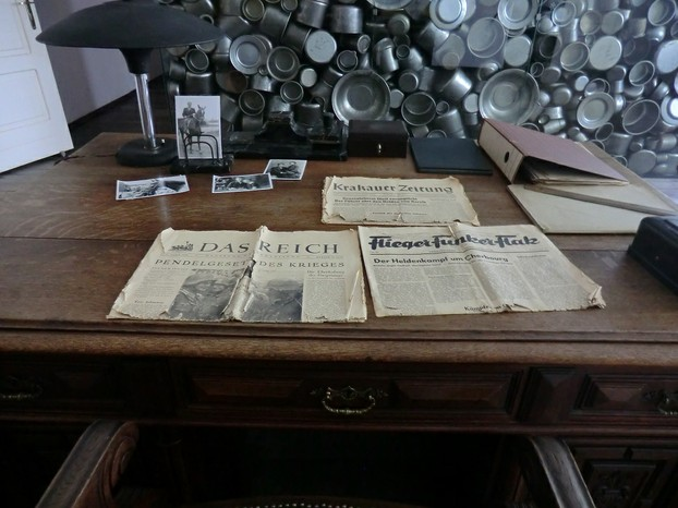 Image: Desk and props from 'Schindler's List'