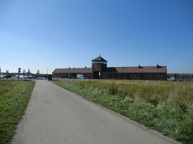 Image: Auschwitz II front gate and the car park where 'Schindler's List' was filmed
