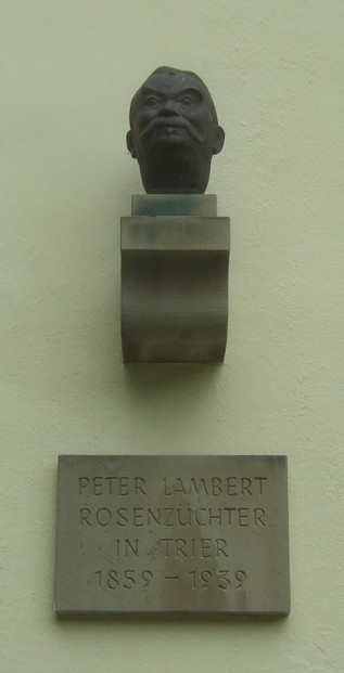 Peter Lambert bust in Nells Park, Trier, Germany