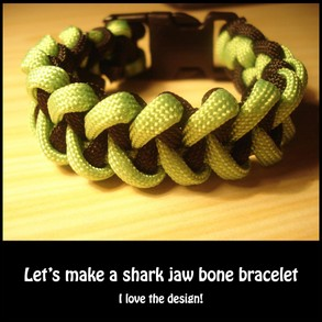 Paracord shark jaw bracelet