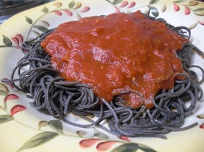 Black Bean Spaghetti with Sauce