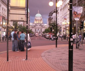 Belfast City Hall, Evening