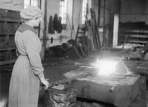 Female Worker in First World War