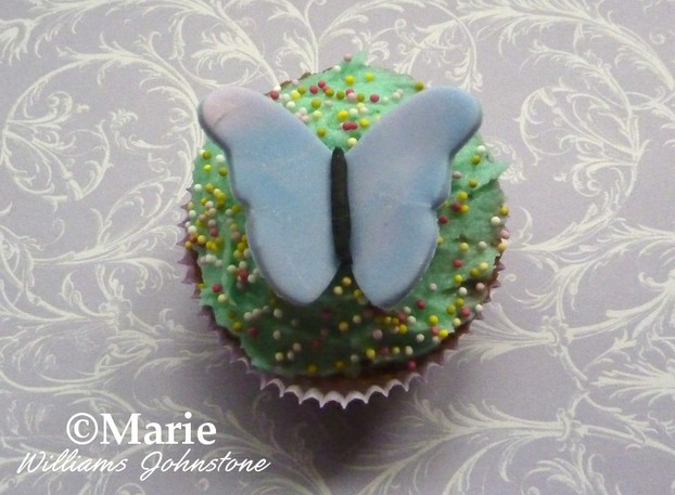 How to Make Easy Spring Butterfly Cupcakes