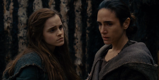 Lla and Naameh in Noah (2014)