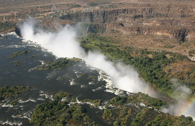 Zambezi River, border of southwestern Zambia and northwestern Zimbabwe