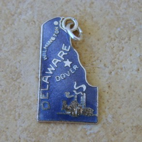 Wells Sterling Delaware Charm