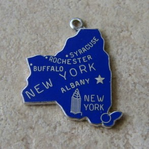 Wells Sterling New York Charm