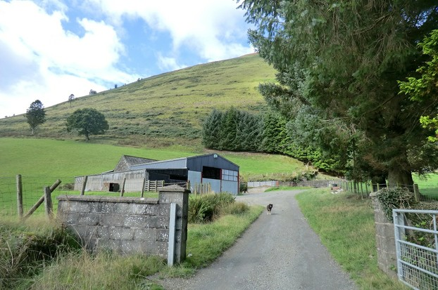 Image: Farmyard public footpath towards Maes Camlan.