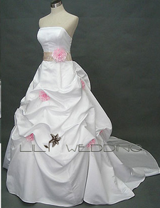 Image: Pagan Wedding Dress in Plus S