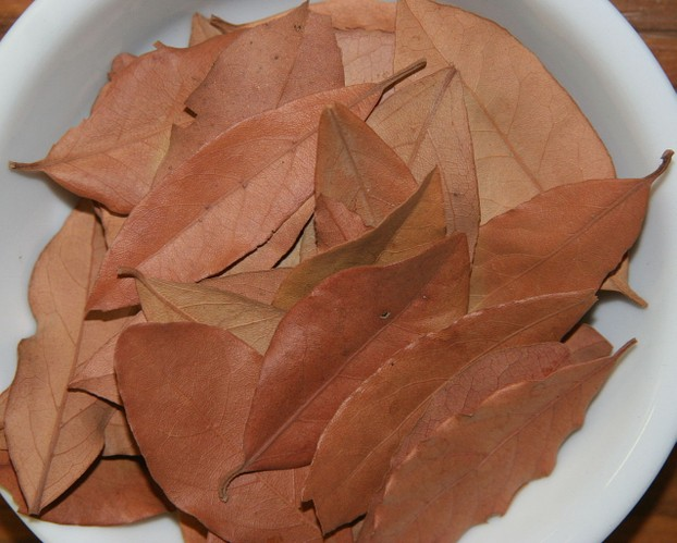 A bowl of dried bay leaves for use in cooking