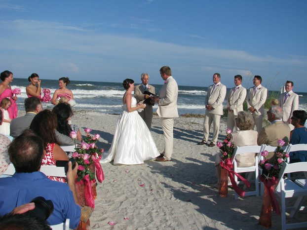 Saying I Do beside the waves of the Atlantic Ocean