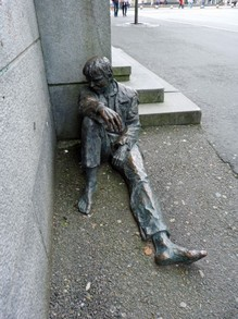 Street Art in Bergen - Homeless Boy