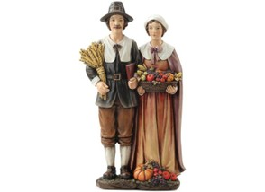 Pilgrim Couple Centerpiece