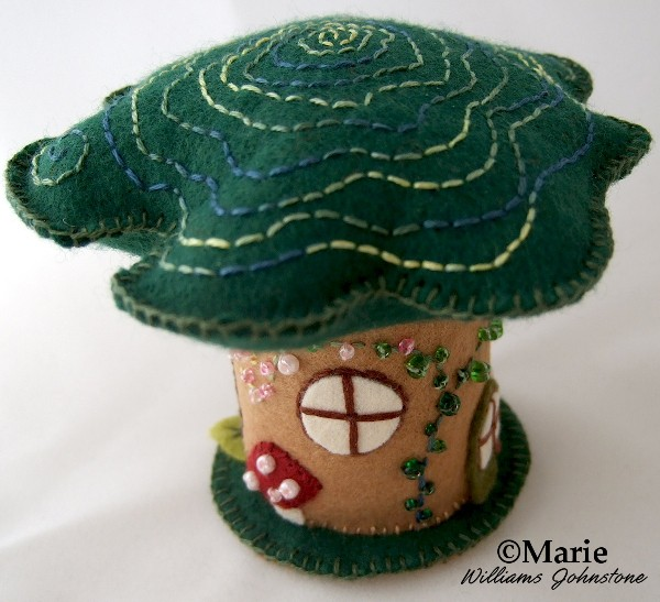 Make a hobbit inspired fairy tree house from felt