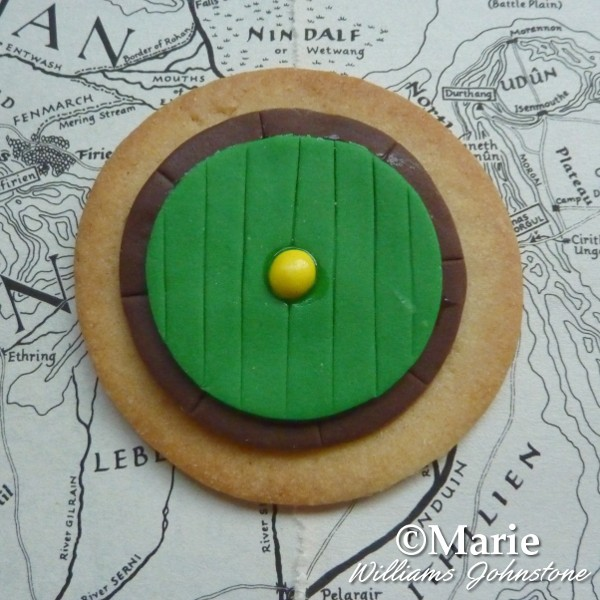 Bilbo Baggin's Hobbit home round door cookie idea