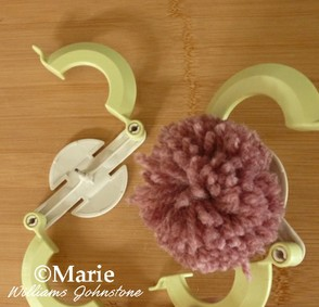 Clover pom pom maker instructions 13